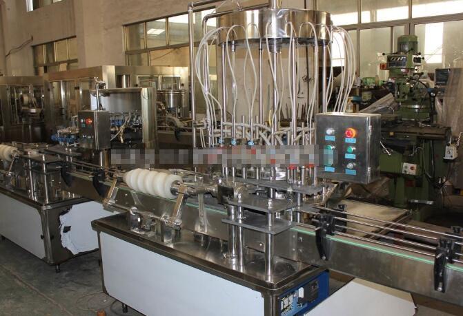 酱油直线式灌装机